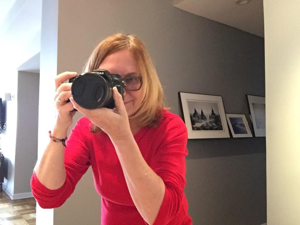 Carolyn Wells in the photo 1