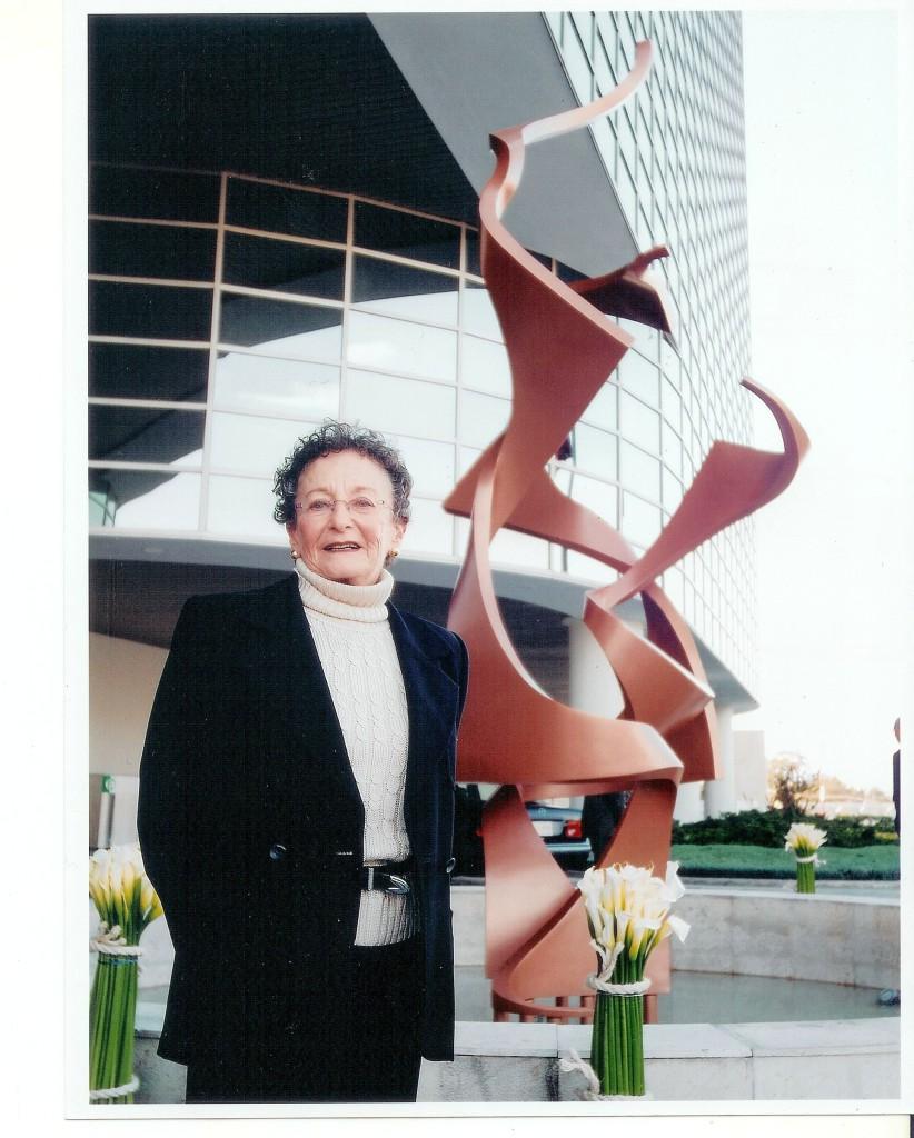 Naomi Siegmann in the photo 1