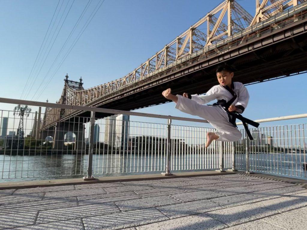 Ian Kim in the photo 3