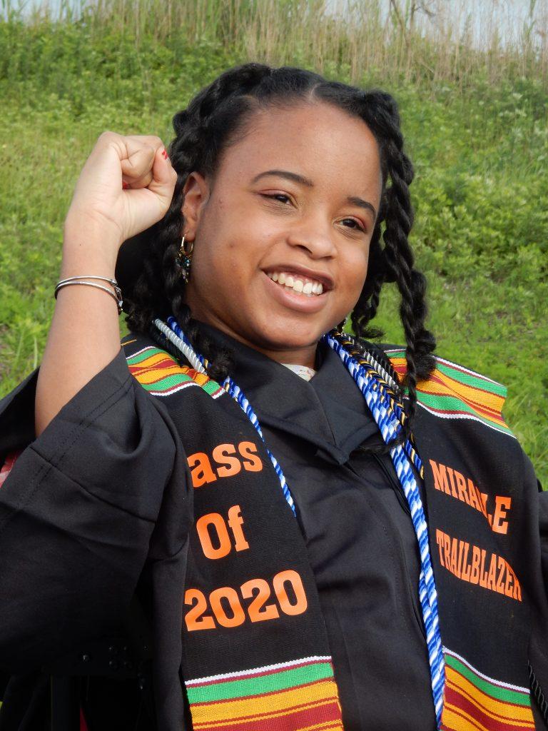 Ketrina Hazell in the photo 8
