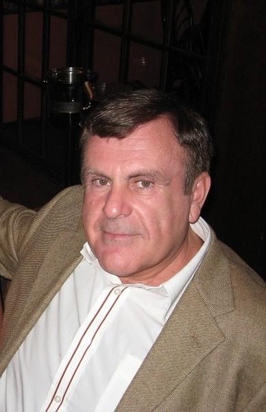 Leonard Khazan in the photo 1