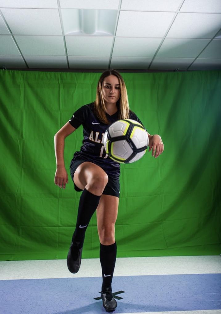 Alyssa Garbarino in the photo 1