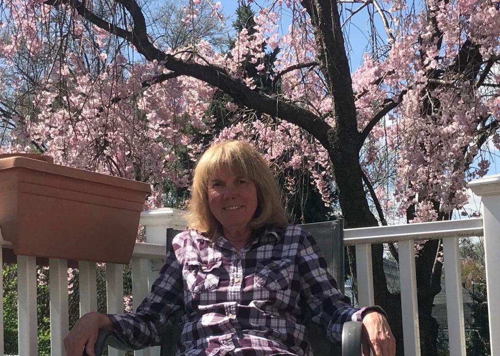 Lorraine Billie in the photo 1