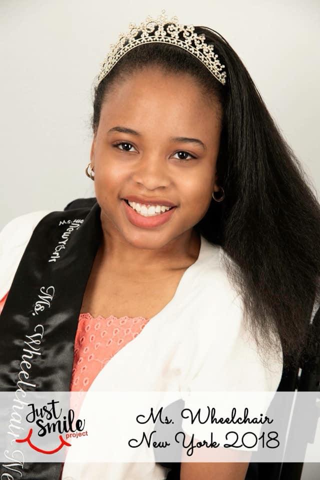 Ketrina Hazell in the photo 2