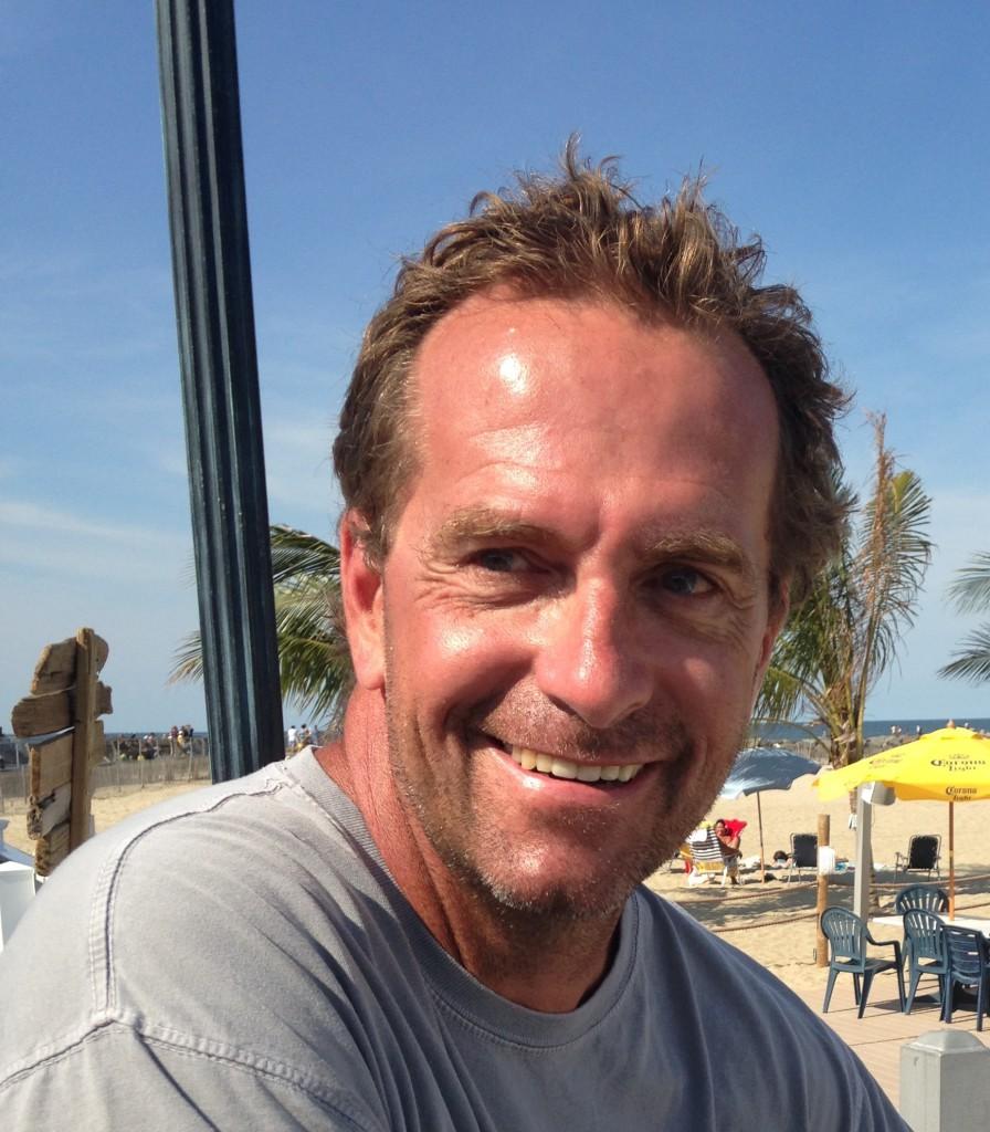 Steve Messenger in the photo 1