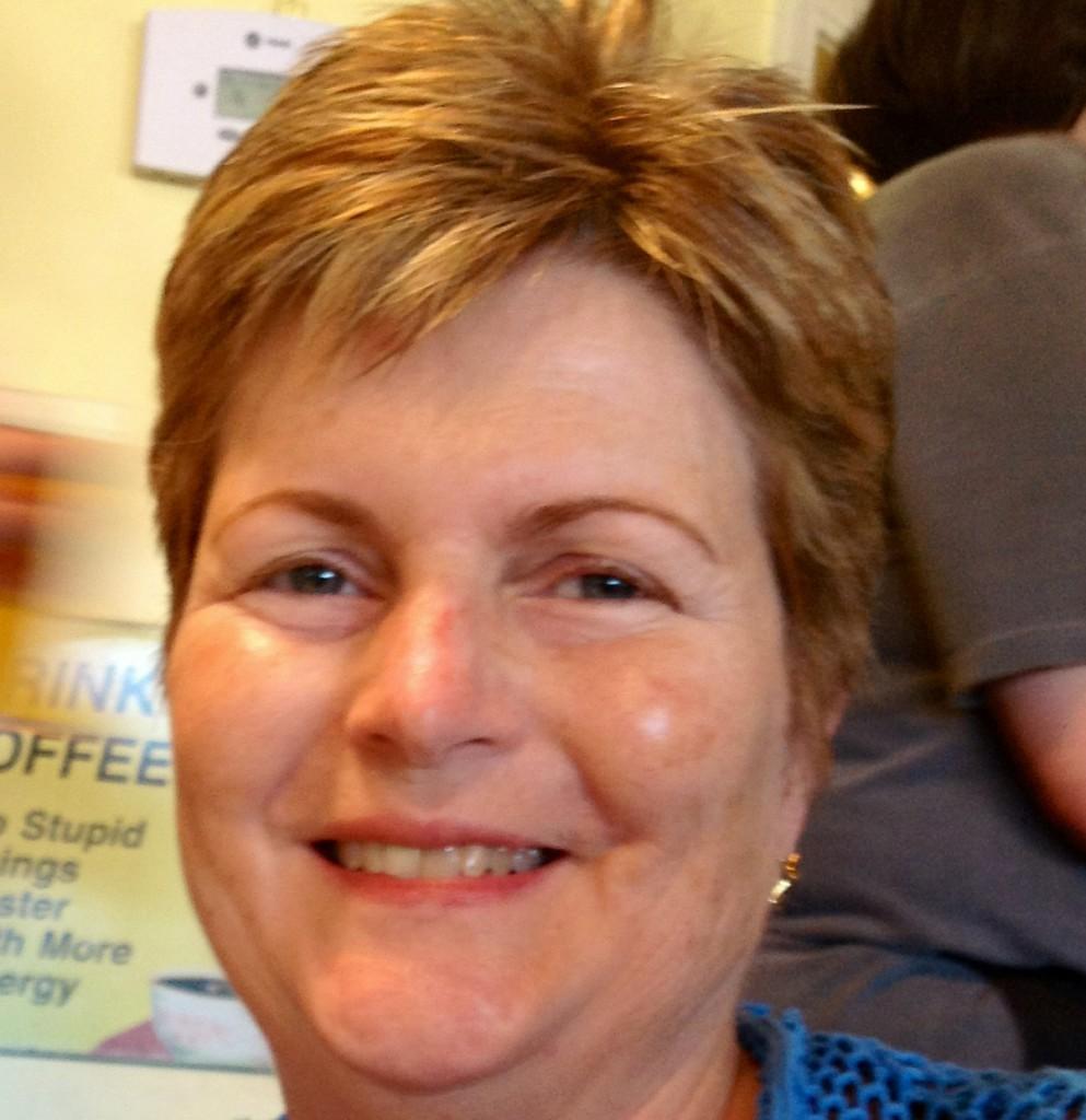 Susan Moynahan in the photo 1