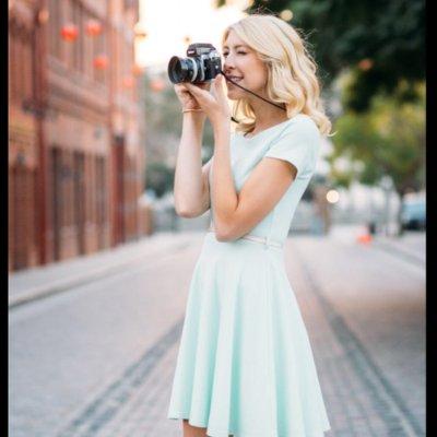 Amber Neukum in the photo 1