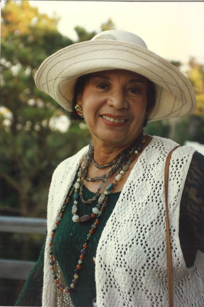 Marlene Ledford in the photo 1